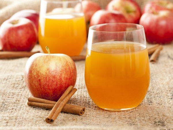 Ябълков сок - полезни свойства