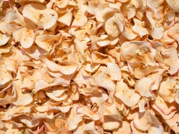 Правила за съхранение на сушени ябълки у дома