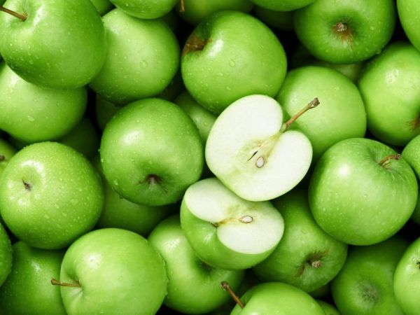 Зелените ябълки имат високо съдържание на желязо